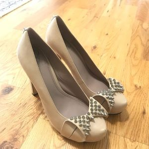 Vince Camuto size 9.5 women's high heels